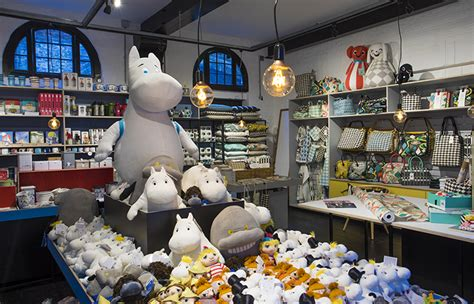 Moomin and Littlephant   Cute home decor and children's