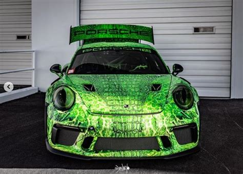 Lizard Porsche 911 GT3 RS Shows the Cold-Blooded Look