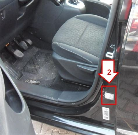 Citroën C3 Picasso (2008-2013) - Where is VIN Number