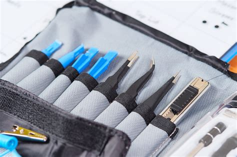 iFixit Pro Tech Toolkit und Magnetic Project Mat – Gdgts
