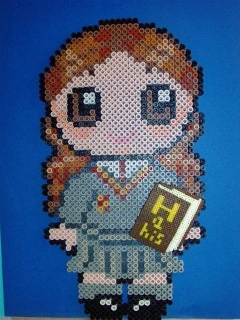 Harry Potter And Co · A Pegboard Bead Charm · Pegboard and