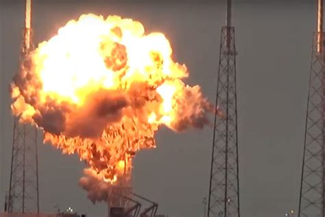 SpaceX's Falcon 9 explosion likely caused by breached